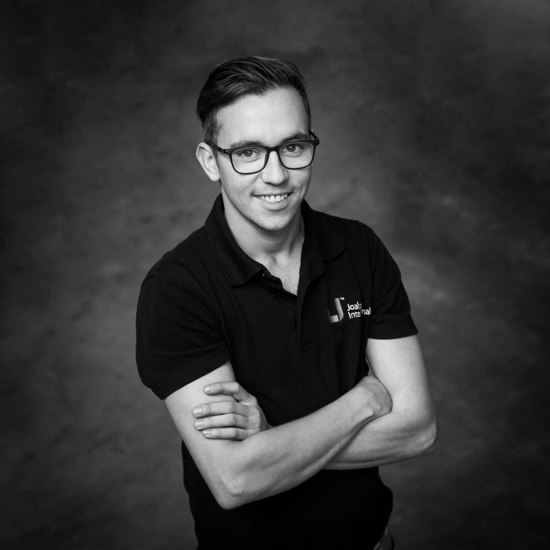Andre Vlastuin | Logistics | Joalpe International